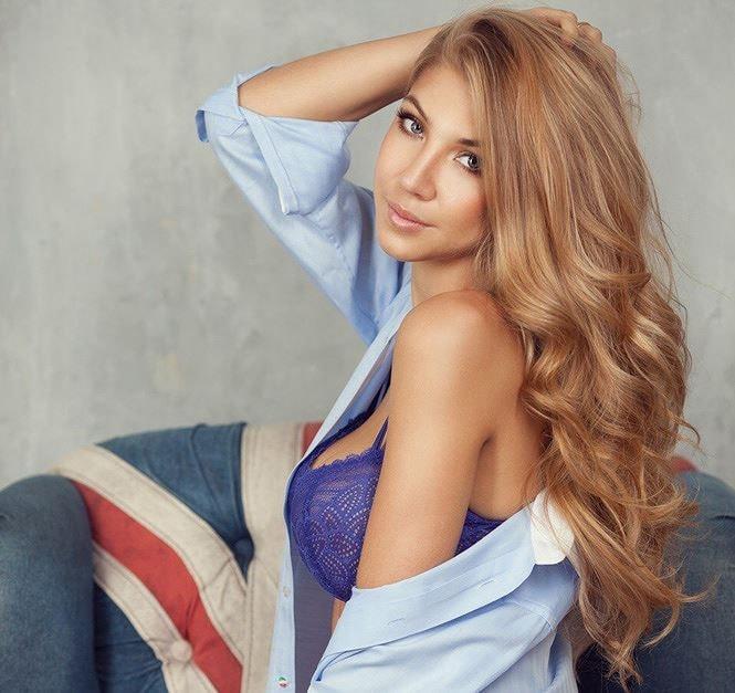 DARYA GLUSHAKOVA 3