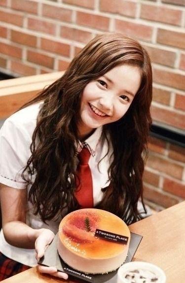 Ban gai Son Heung-min 5
