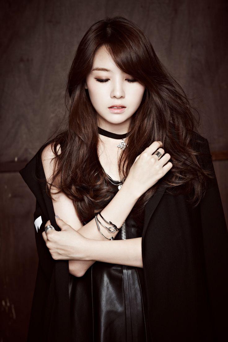 Ban gai Son Heung-min 6