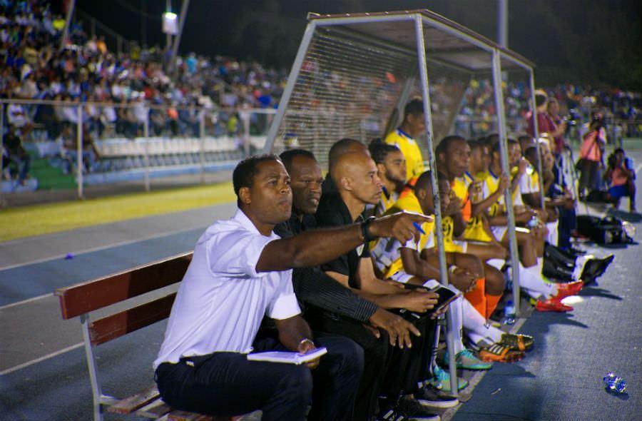 Patrick Kluivert huấn luyện viên trưởng Curacao