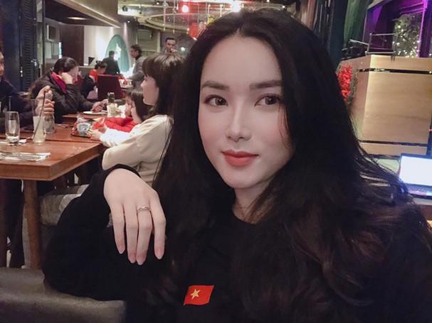 Phạm Khánh Linh bạn gái thủ môn Bùi Tiến Dũng 2